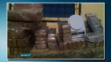 Jovens são aliciadas para transportar drogas para o Ceará em rede interestadual de tráfico - Jovens são aliciadas para transportar drogas de Santa Catarina ao Ceará. Em 10 dias, três adolescentes foram apreendidas em Fortaleza.