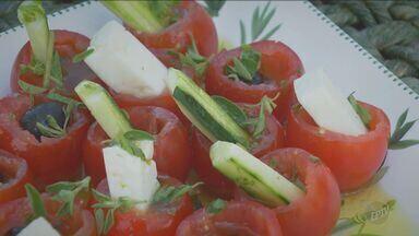 No 'Prato Feito' Fernando Kassab ensina receita com orégano - Confira como preparar este prato.