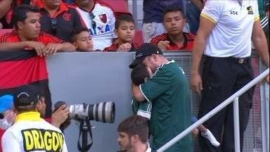 Em jogo tenso e com confusão, Palmeiras vence o Flamengo - Em jogo tenso e com confusão, Palmeiras vence o Flamengo