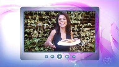 Juliana Paes confessa que pegou bolo de fubá e milho do camarim de Ana - Ana Maria Braga conta que receita estava sendo testada quando a atriz participou do 'Mais Você'