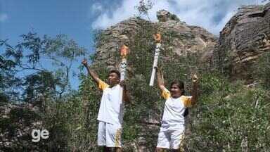 Tocha Olímpica passa por trilhas do Parque Nacional de Sete Cidades - Tocha Olímpica passa por trilhas do Parque Nacional de Sete Cidades