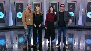 Elenco de 'Chapa Quente' se enfrenta no 'Ding Dong' - Ingrid Guimarães e Leandro Hassum disputam com Renata Gaspar e Lucio Mauro Filho