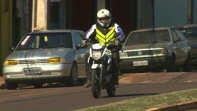 Em Toledo é sancionado lei que regulamenta mototaxi - Profissionais terão até maio do ano que vem para se adequar as regras.