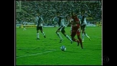Antes de jogo entre Náutico e Vasco, Baú do Esporte relembra vitória do Timbu em 2008 - Náutico venceu por 3 a 1 o Vasco em setembro de 2008. Próxima disputa entre equipes será nesta terça.
