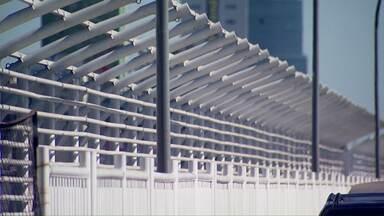 Prazo para o fim das reformas na Ponte da Amizade termina em Julho - Falta ainda a cobertura na passarela dos pedestres.
