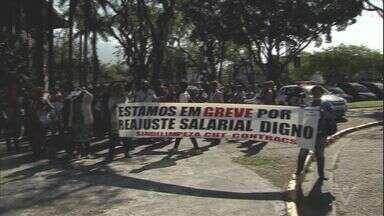 Terça-feira é marcada por protestos em Cubatão - Trabalhadores de quatro setores estão em greve na cidade.