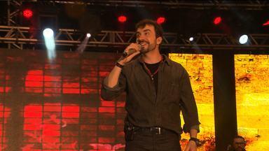 Padre Fábio de Melo faz show nesta terça-feira em Campina Grande - O show acontece no Parque do Povo.