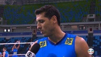 Seleção masculina de vôlei se prepara para a estreia na Liga Mundial, contra o Irã - Seleção masculina de vôlei se prepara para a estreia na Liga Mundial, contra o Irã