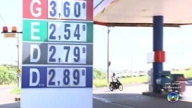 Preço do etanol volta a subir nos postos de combustíveis de Rio Preto - O preço do etanol aumentou em Rio Preto (SP). Nas últimas semanas o TEM Notícias vem falando bastante sobre esse assunto. R$ 2,55 agora é preço que está chegando o etanol.