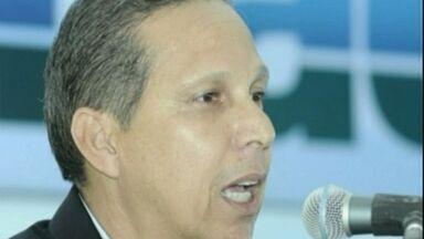 Justiça pede novo afastamento de prefeito de Itapemirim, ES - Supremo Tribunal Federal tinha determinado volta no dia 3 de junho.Tribunal de Justiça pediu afastamento de Luciano Paiva pela quarta vez.