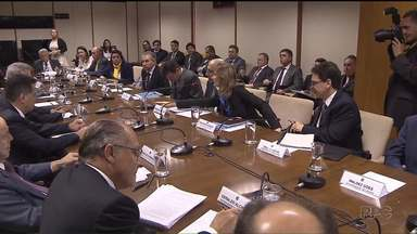 Beto Richa participa de encontro de governadores com Michel Temer em Brasília - No encontro, representantes dos governos estaduais e do governo federal concordaram em suspender o pagamento da dívida dos estados até o fim do ano.