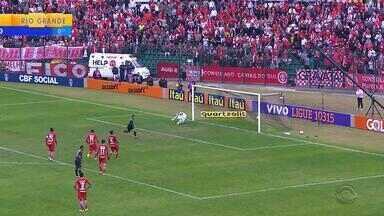 Inter é o maior ladrão de bolas do Brasileirão - Desarmes seriam os responsáveis pela ótima campanha.