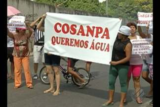 Moradores do conjunto Costa e Silva protestam contra constante falta de água - Eles bloquearam parte da avenida Almirante Barroso e o trânsito ficou complicado.