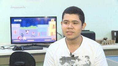 O programa inicia com a história de sucesso de game amazonense 'Carreta Furacão' - Eduardo Lira, fala como o jogo foi desenvolvido.