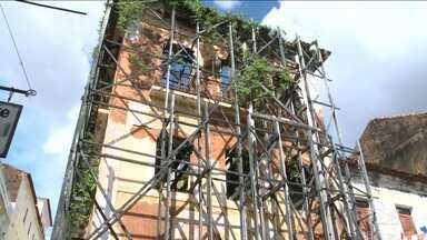 Arquitetos discutem dificuldades que impedem revitalização do Centro Histórico da capital - Profissionais também discutiram sobre dificuldade em atrair investimentos privados na área.