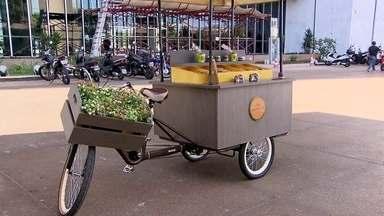 Food bikes carregam sabores pelo Distrito Federal - Empresários arrumaram um jeito de economizar no aluguel e ainda escolheram onde querem vender seus produtos.