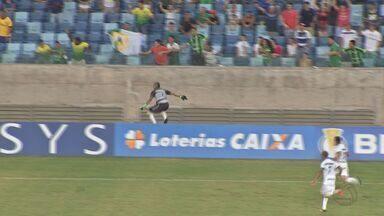 Com gol de goleiro, Cuiabá empata com o América-RN por 2 a 2 - Com gol de goleiro, Cuiabá empata com o América-RN por 2 a 2