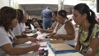 BMD realiza quadro de empregos no bairro de Mussurunga, em Salvador - SineBahia, Sebrae e Senac oferecem oportunidades de emprego e cursos profissionalizantes; confira.