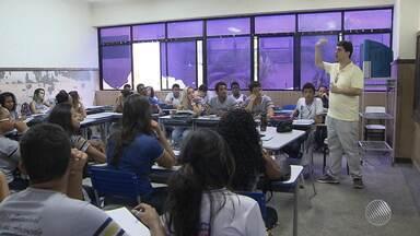 Volta às aulas: estudantes retomam as atividades nas redes federal, estadual e municipal - Mais de um milhão de estudantes retomam as atividades nesta segunda; veja.