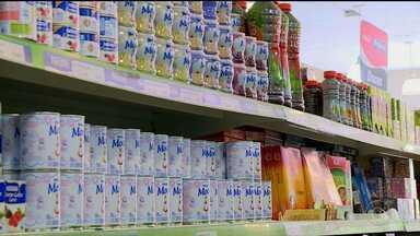 Produtos alimentícios devem trazer informações sobre ingredientes que causam alergia - A regra já está valendo, mas os produtos que já estavam em prateleiras ainda não têm essa informação, e eles podem ser comercializados até o prazo de validade.