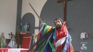 Peregrinação da imagem de São Tiago passará pela primeira vez por Fazendinha, no Amapá - A festa de São Tiago começa com a peregrinação da imagem do santo. E não vai ser só em Mazagão. A imagem também virá para Macapá e pela primeira vez vai até a Fazendinha.