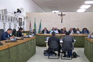 Câmara de Ferraz de Vasconcelos arquiva pedido de cassação de prefeito afastado - Apesar do resultado, Acir Filló continua afastado do cargo por causa de uma ação judicial.