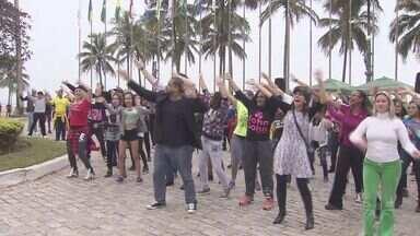 Dança de Rua do Brasil completa 25 anos - Projeto faz apresentação 'flash mob'.