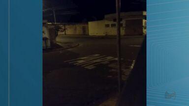 Moradores registram troca de tiros durante ataque a empresa de valores em Ribeirão Preto - Suspeitos atiraram contra policiais militares e fugiram por ao menos três rotas: Via Norte, Rodovia Anhanguera e distrito de Bonfim Paulista.
