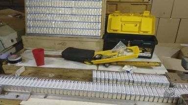 Polícia começa a recolher maços de cigarros falsificados de fábrica clandestina em MG - Polícia começa a recolher maços de cigarros falsificados de fábrica clandestina em MG