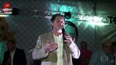 Equipe da PF deve interrogar ex-tesoureiro do PT - Uma das acusações contra Paulo Ferreira é de que recebeu dinheiro desviado da Petrobras. Parte da propina foi repassada até para a madrinha de uma escola de samba.