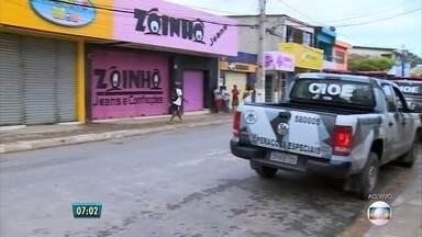 Bandidos explodem caixas eletrônicos em duas cidades do Estado - Bandidos explodem caixas eletrônicos em duas cidades do Estado