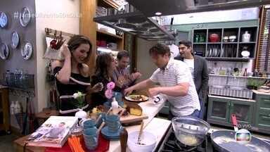 Jamie Oliver prepara café da manhã no É de Casa - O chef inglês ensina a fazer omelete de uma forma diferente