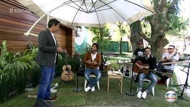 Bruninho e Davi contam a história de como formaram a dupla - A dupla conta a Zeca como que surgiu a ideia de começarem a cantar juntos