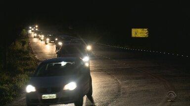 Problemas com iluminação na Serra Dona Francisca ocorrem há 10 meses - Problemas com iluminação na Serra Dona Francisca ocorrem há 10 meses