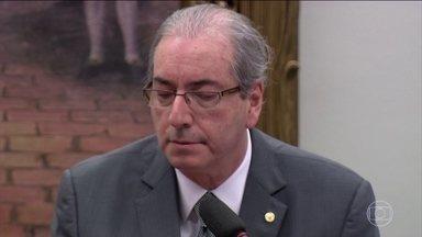 Último recurso de Cunha é rejeitado pela Comissão de Constituição e Justiça - A Comissão de Constituição e Justiça rejeitou o último recurso de Eduardo Cunha. O deputado afastado agora vai ter que defender seu mandato em votação aberta no plenário da Câmara.