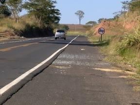 Mulher envolvida em acidente, em Álvares Machado, recebe alta - Ela conduzia a caminhonete que bateu de frente com a VW Parati.