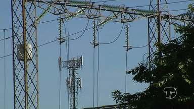 Lojistas reclamam dos problemas causados pelas falhas constantes de energia em Santarém - Problemas com a oscilação de energia em Santarém causam prejuízos e transtornos.