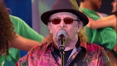 Geraldo Azevedo canta 'Ai Que Saudade D'ocê' - Plateia canta junto o sucesso