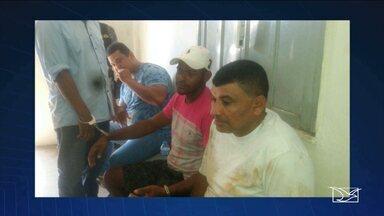 PM prende grupo que estava com caminhonete roubada em Imperatriz, MA - Depois de receber uma denúncia, a Polícia Militar prendeu um grupo que estava com uma caminhonete roubada, em Imperatriz (MA). As investigações continuam. Duas pessoas estão foragidas.