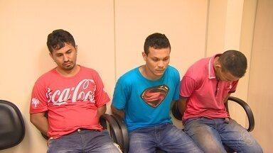 Assaltantes invadem Correios em Manaus - Assaltantes fugiram em um taxi.