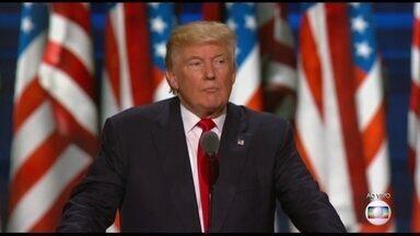 Trump faz discurso como candidato à presidência dos Estados Unidos - Donald Trump fez o tradicional discurso de aceitação de nomeação de candidato à presidência dos Estados Unidos pelo Partido Republicano, profundamente dividido por conta dessa mesma candidatura.