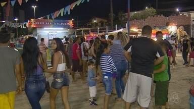 Vendedores comemoram renda extra durante Festival do CSU, no AM - Festa ocorre até o dia 9 de agosto, em Manaus.