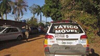 Grupo é detido por tráfico de drogas durante festa em chácara de Passos (MG) - Grupo é detido por tráfico de drogas durante festa em chácara de Passos (MG)