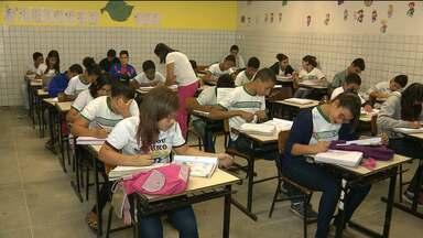 Alunos de escolas municipais tiveram apenas 15 dias de férias - O calendário de 2016 está confuso para os alunos que estudam nas escolas municipais de Campina Grande.