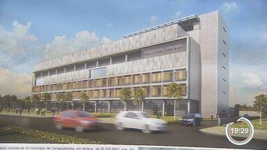 Hospital Regional de Caraguá começa a ser construído - Governador Geraldo Alckmin acompanhou o início da obra.
