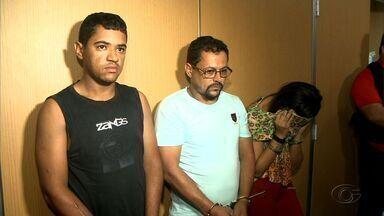 Suspeitos de assaltar banco são presos em Arapiraca, no Agreste de Alagoas - De acordo com a polícia, suspeitos têm envolvimento em um quadrilha que assaltou banco na cidade de Chã Preta.