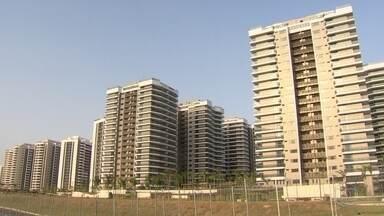 Comitê Rio 2016 é o responsável pela Vila Olímpica, diz prefeito - Condomínio foi todo bancado pela iniciativa privada e tem 31 prédios. Gabarito da região foi aumentado de 12 para 18 andares.