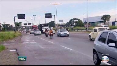 Campanha faz alerta contra o tráfico de pessoas nas estradas - Ação denominada Coração Azul, da ONU, conta com apoio da Polícia Rodoviária Federal nas estradas de Pernambuco. Coordenadora de Enfrentamento ao Tráfico de Pessoas explica como agem os criminosos.