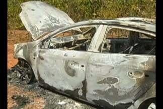 Polícia encontrou dois corpos carbonizados dentro de veículo na PA-287, no sudeste do Pará - As vítimas ainda não foram identificadas. O registro do veículo é de Brasília
