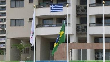 Hasteamento da bandeira do Brasil marca a entrada oficial da delegação na Vila Olímpica - Neste domingo aconteceu a cerimônia de hasteamento da bandeira, que marca a entrada oficial de uma delegação na Vila Olímpica.